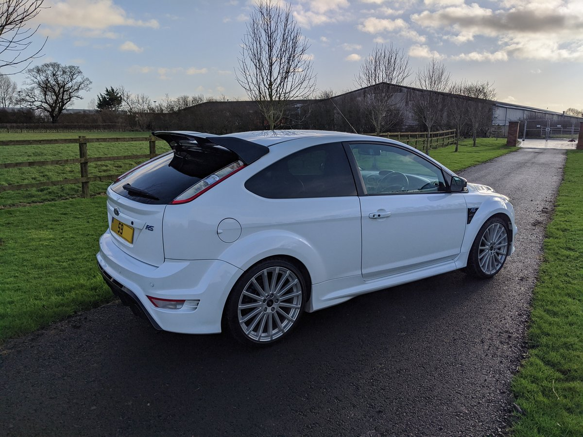 2009 Focus RS Frozen White LUX 1&2 Recaro For Sale (picture 4 of 9)