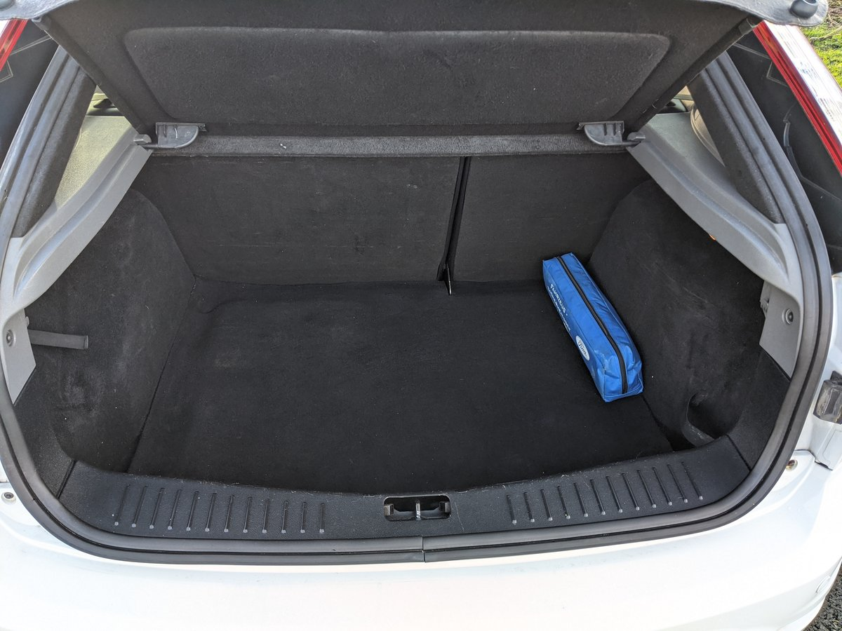2009 Focus RS Frozen White LUX 1&2 Recaro For Sale (picture 6 of 9)