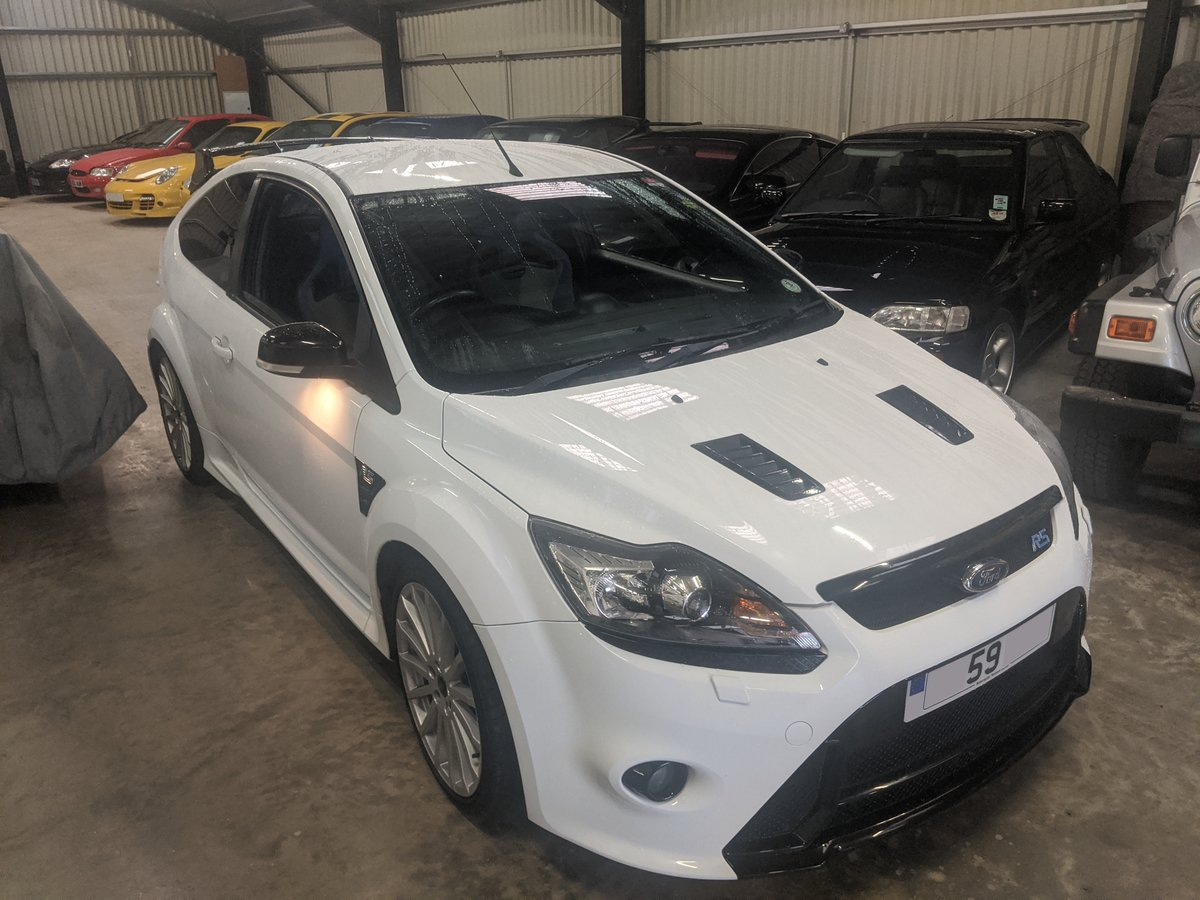 2009 Focus RS Frozen White LUX 1&2 Recaro For Sale (picture 8 of 9)