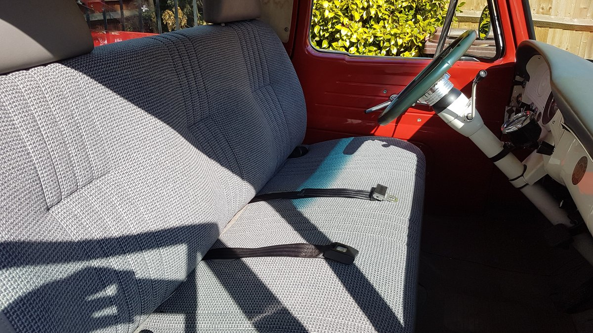 1963 Fully restored Ford F100 Unibody For Sale (picture 5 of 9)
