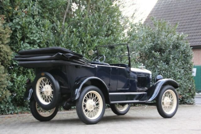 Ford Model T Tourer, 1927, 18.900,- € For Sale (picture 2 of 12)