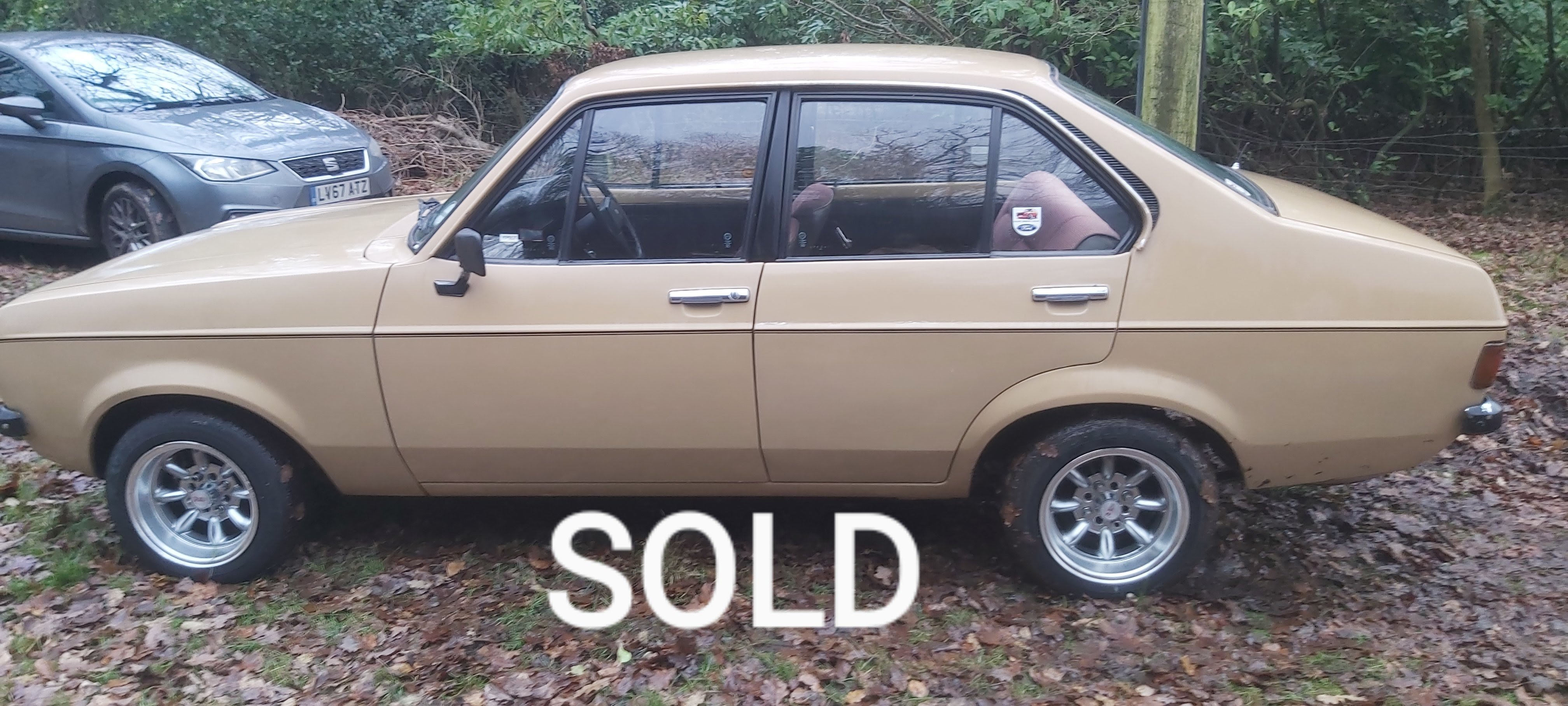 Ford escort 4dr 1.3..........SOLD