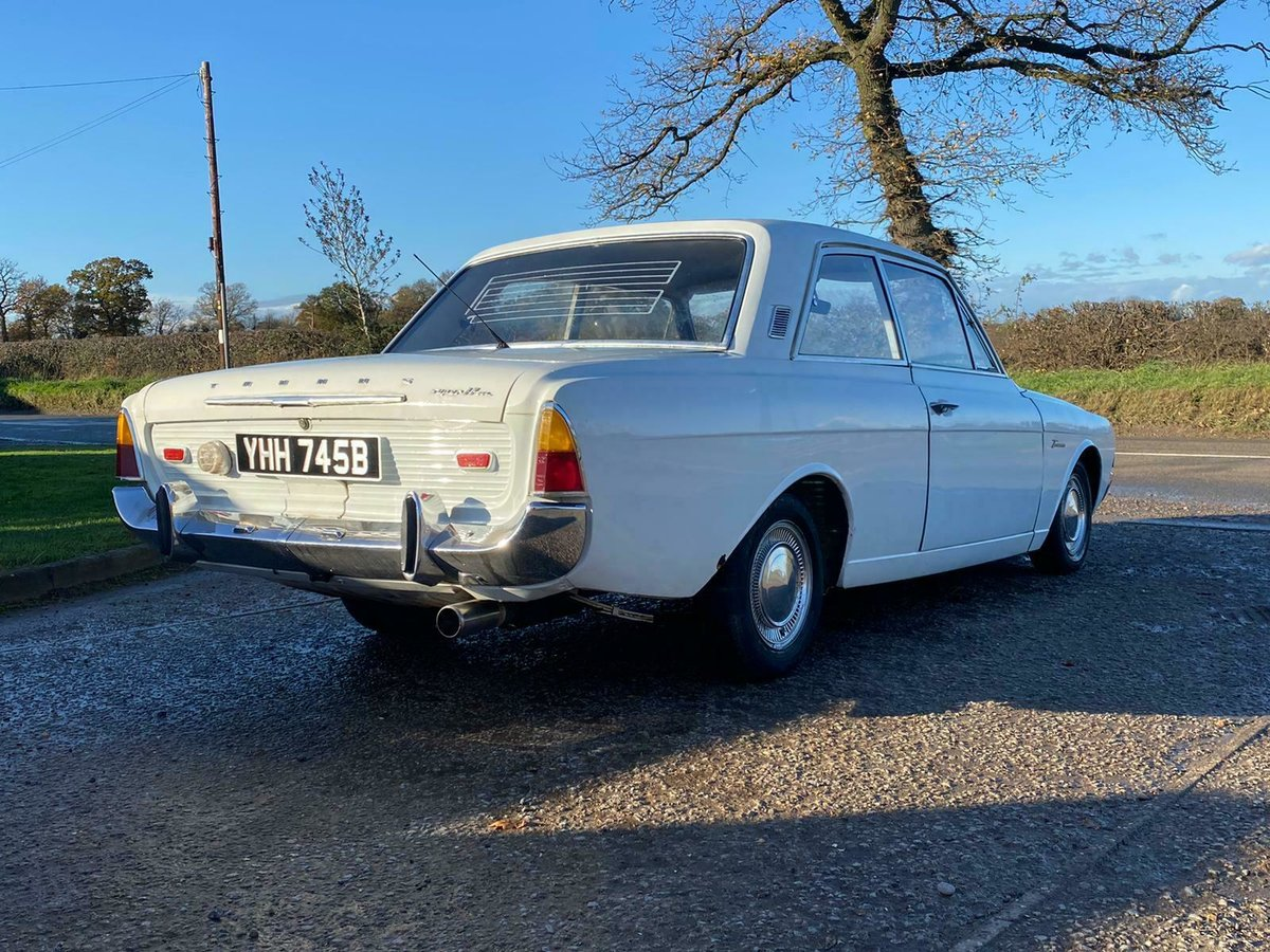 1964 Ford Taunus P5 Super 17 2 Door UK Reg V5c 1700cc V4 For Sale (picture 4 of 9)