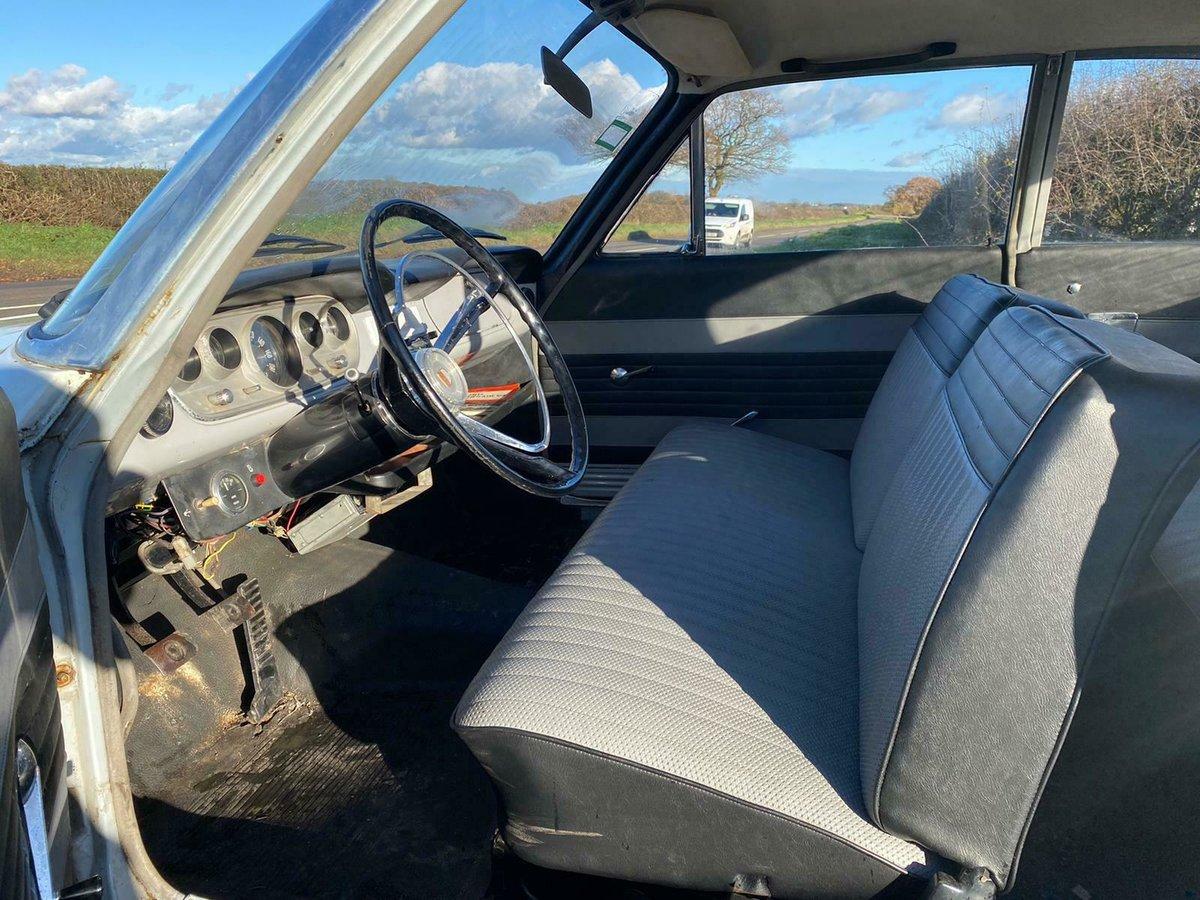 1964 Ford Taunus P5 Super 17 2 Door UK Reg V5c 1700cc V4 For Sale (picture 7 of 9)