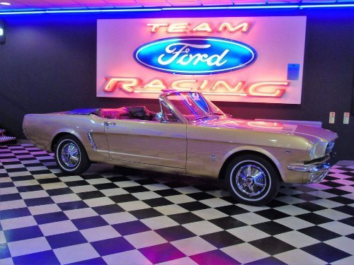 1964 Ford Mustang 260 CUBIC INCH V8 CONCOURSE RESTORATION 4.3 For Sale (picture 3 of 20)