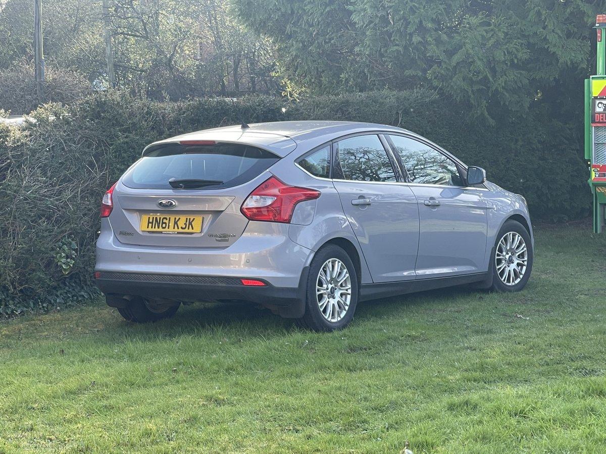 Ford Focus 1.6 tdci titanium 2011 just 24000 miles. For Sale (picture 4 of 5)