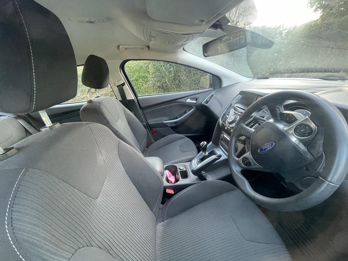 Ford Focus 1.6 tdci titanium 2011 just 24000 miles. For Sale (picture 5 of 5)