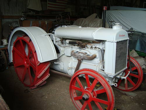 1927 Fordson Tractor For Sale (picture 1 of 6)