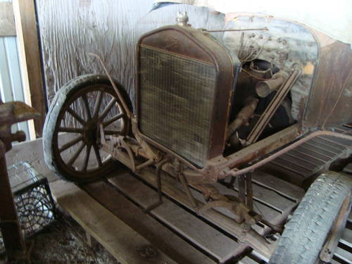 1917  Ford Model T Touring Car For Sale (picture 3 of 6)