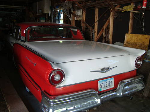1957 Ford Fairlane 500 Skyliner HT Convertible For Sale (picture 1 of 6)