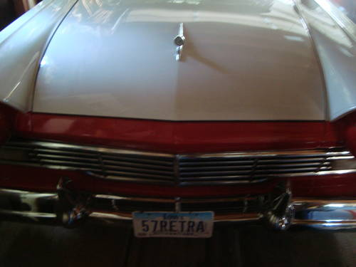 1957 Ford Fairlane 500 Skyliner HT Convertible For Sale (picture 2 of 6)