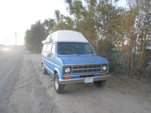 1975 Ford E250 Camper with bulit in lift For Sale (picture 1 of 6)