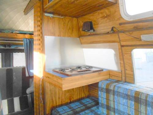1975 Ford E250 Camper with bulit in lift For Sale (picture 6 of 6)