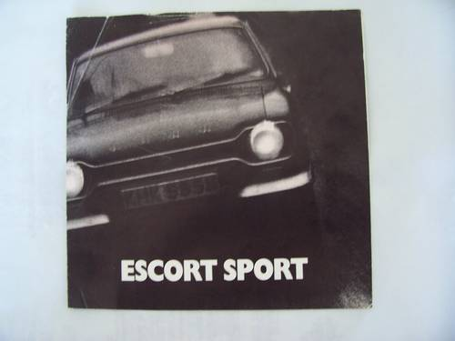1971 FORD ESCORT SPORT FOLDING BROCHURE For Sale (picture 1 of 6)