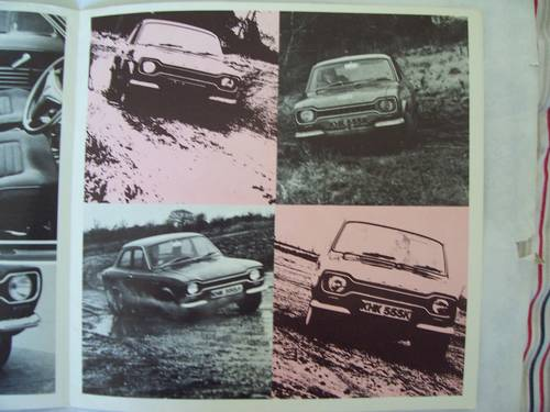 1971 FORD ESCORT SPORT FOLDING BROCHURE For Sale (picture 4 of 6)