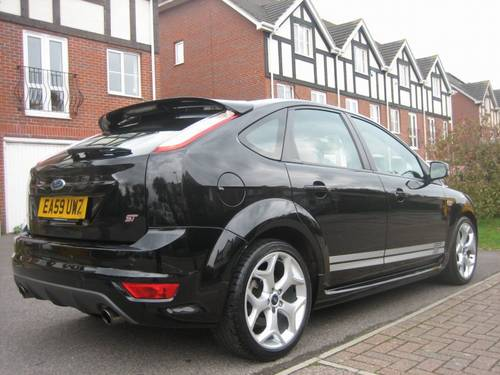2009 SUPERB LOW MILES FOCUS ST 5 DOOR SPORTS HATCHBACK For Sale (picture 2 of 3)