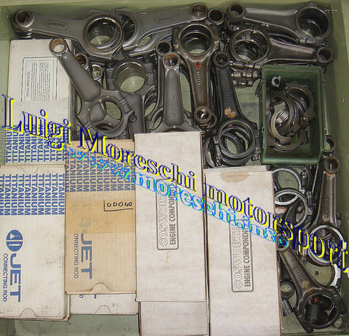 1976 Cosworth V8 Parts For Sale (picture 4 of 6)