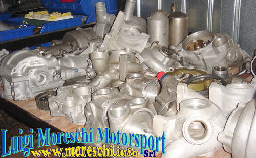 1976 Cosworth V8 Parts For Sale (picture 5 of 6)