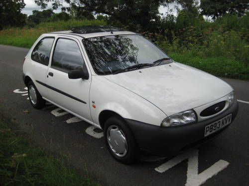 1997 Ford Fiesta 1.25 LX 3 door 33000 miles from new. For Sale (picture 5 of 6)