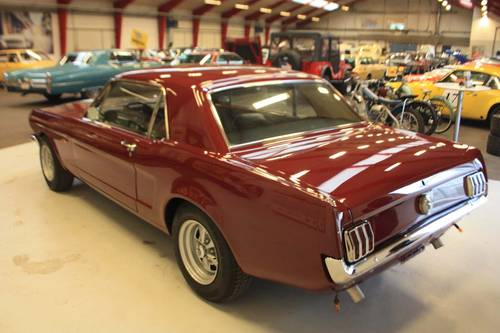 1965 Ford Mustang V8 manual transmission - just restored For Sale (picture 2 of 6)