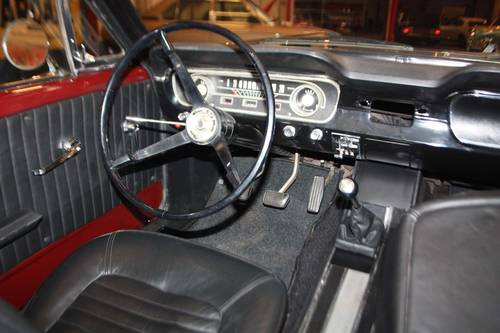 1965 Ford Mustang V8 manual transmission - just restored For Sale (picture 4 of 6)