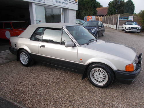 1990 Ford escort xr3i cabriolet 1 owner,low miles SOLD (picture 5 of 5)