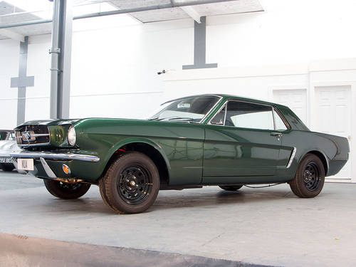 Ford Mustang 6cyl 2 Door Coupe in Highland Green (1965) For Sale (picture 1 of 6)