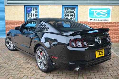 2014 FORD Mustang GT V8 Premium Fastback 6-Speed For Sale (picture 2 of 6)