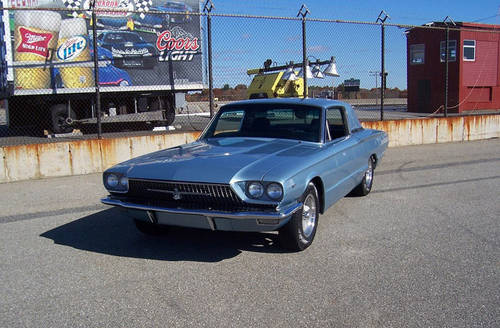 1966 Ford Thunderbird Custom 6.7L V8 Muscle RESTOMOD For Sale (picture 1 of 6)