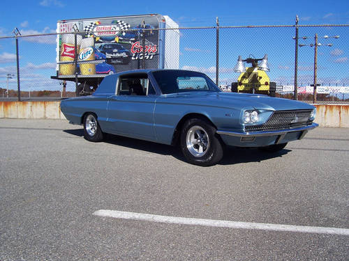 1966 Ford Thunderbird Custom 6.7L V8 Muscle RESTOMOD For Sale (picture 3 of 6)