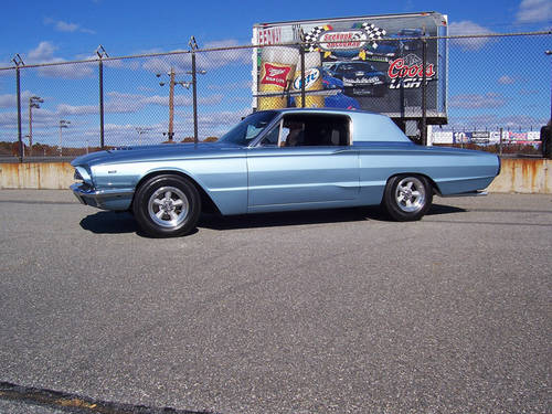 1966 Ford Thunderbird Custom 6.7L V8 Muscle RESTOMOD For Sale (picture 4 of 6)