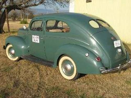 1940 Ford Deluxe 2DR Sedan For Sale (picture 2 of 6)