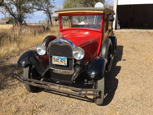 1928 Ford Model A Woody Huckster For Sale (picture 2 of 6)