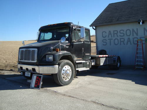 1999 Freightliner Big Rig Truck For Sale (picture 1 of 6)
