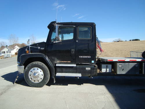 1999 Freightliner Big Rig Truck For Sale (picture 3 of 6)