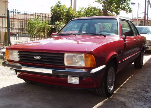 1977 Ford Taunus 1.6 Ghia Coupe, restored to show level For Sale (picture 1 of 6)