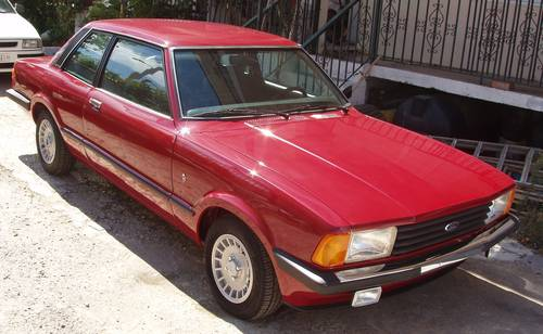 1977 Ford Taunus 1.6 Ghia Coupe, restored to show level For Sale (picture 2 of 6)