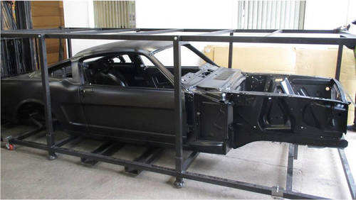 Reproduction Body Shell for Ford Mustang Fastback 1967-68 For Sale (picture 2 of 2)