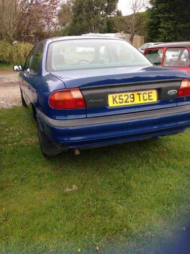 Mk1 Ford Mondeo 1993 for recommisoning or touring car shell. For Sale (picture 1 of 6)