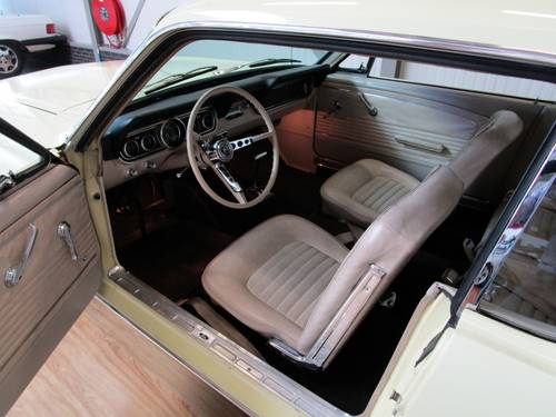 1966 Ford Mustang 200CU Automatic Coupé For Sale (picture 4 of 6)