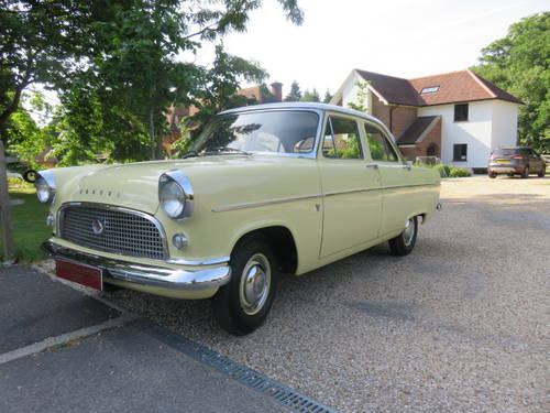 1961 Ford Consul Mk2 (Credit/Debit Cards & Delivery) SOLD (picture 1 of 6)