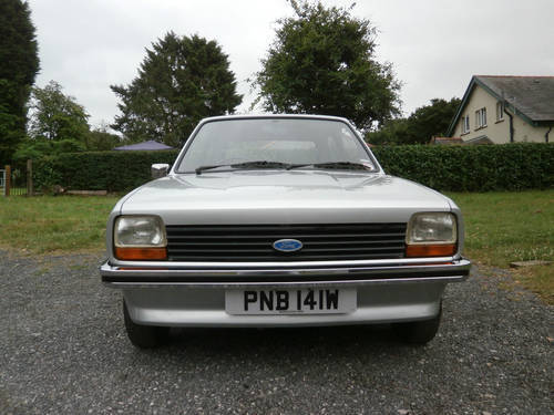 1981 FORD FIESTA 1.1 L MK1 SILVER/RED JUST 29K * STUNNING * SOLD (picture 2 of 6)