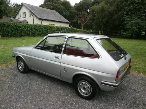 1981 FORD FIESTA 1.1 L MK1 SILVER/RED JUST 29K * STUNNING * SOLD (picture 4 of 6)