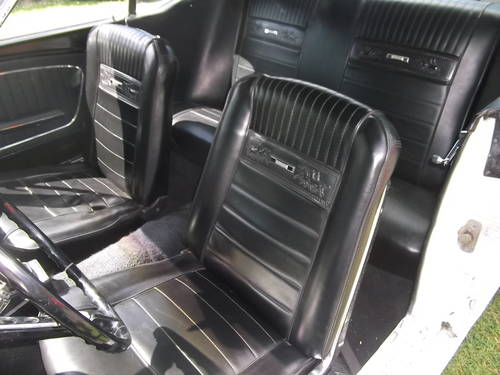 1965  Mustang Coupe,289 V8, Automatic Transmission,Pony Interior SOLD (picture 4 of 6)