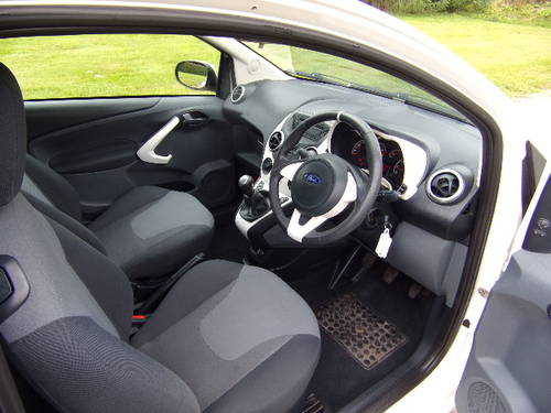 2009 Ford Ka 1.2 Zetec Only 14,750 miles For Sale (picture 5 of 6)