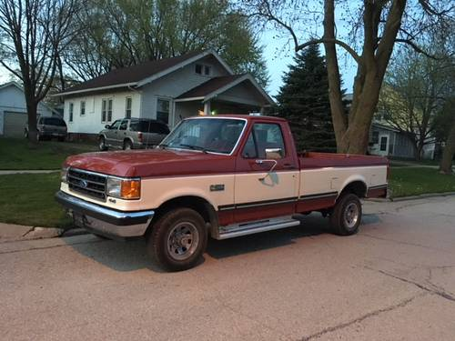 1990 Ford F150 Pickup For Sale (picture 1 of 4)