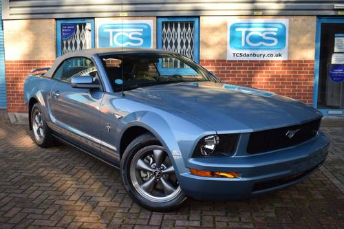 2005 Ford Mustang 4.0i Convertible Premium Automatic For Sale (picture 1 of 6)