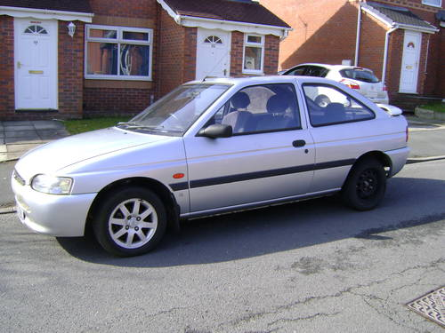1997 Low mileage Escort For Sale (picture 1 of 1)