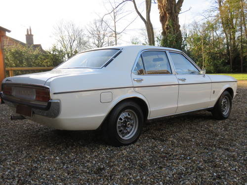 1974 Ford Granada 3.0 XL Manual (Debit Cards Accepted) SOLD (picture 3 of 6)