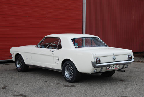 1966 Ford Mustang 289cui / 4,7 l LHD For Sale (picture 2 of 6)